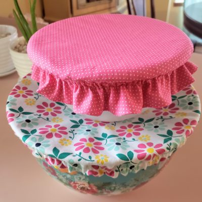 How to sew a pretty, reversible bowl cover for your stand mixer